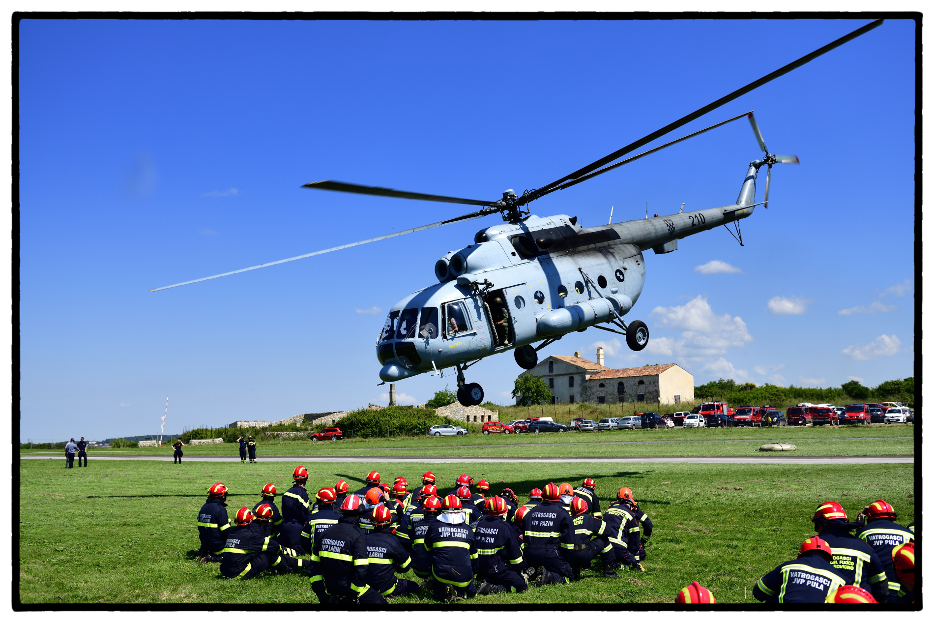 Image - Training with the Croatian's army helicopter